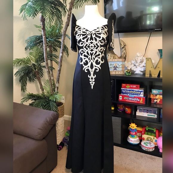 Majestic Vogue Collections Dresses | Black Filipiniana Terno ...